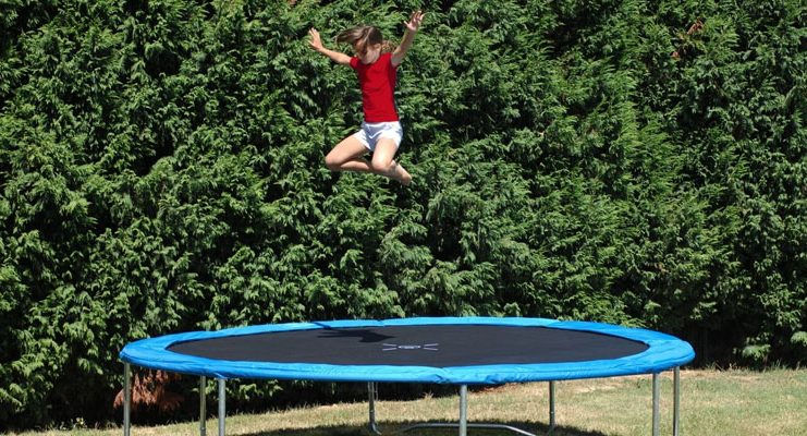 trampoline-safety-tips
